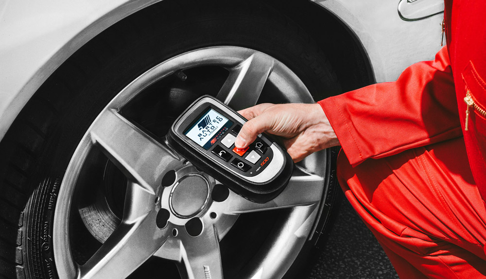 Professional TPMS Tools with Connectivity